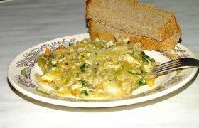 Daržovės su mėsa ir sūriu