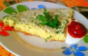 Omletas su žalumynais