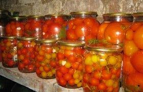 Marinuoti pomidorai su imbieru