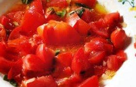 Saldžiarūgštė pomidorų mišrainė