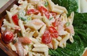 Krevečių ir makaronų salotos