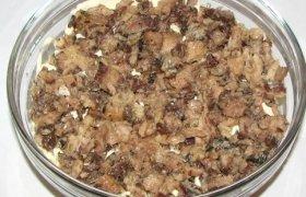 Konservuotų grybų salotos