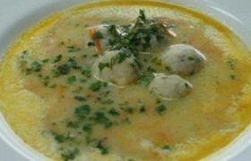 Karpių sriuba su razinomis