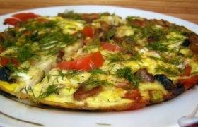 Kiaušinienė su daržovėmis ir grybais