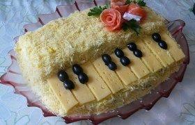 """Sluoksniuota mišrainė """"Baltasis pianinas"""""""