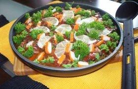Sterkas pomidorų padaže su grybais