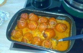 Faršu įdaryti pomidorai