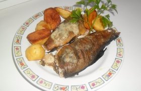 Tradicinė dvaro žuvis adventui