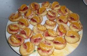 Sausainiai su mandarinais ir avietėmis