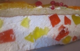 Vaisių pyragas su maskarponės sūriu