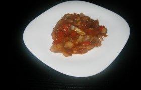 Silkė su pomidorų padažu
