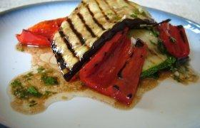 Karštos grilio salotos