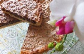 Pyragas su riešutiniu - šokoladiniu morengu