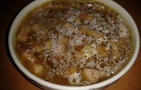 Džiovintų grybų sriuba su rūkytą šoninę