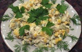 Bulvių ir vištienos salotos