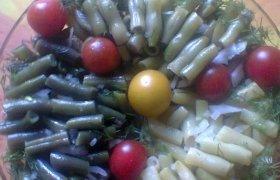 Šparaginių pupelių salotos