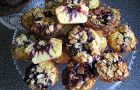 Pyragėliai su frančipanu pagal J. Oliverį