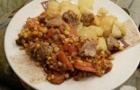 Daržovių bei mėsos troškinys