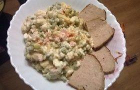 Lietuviška mišrainė su majonezu