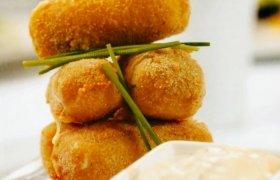 Sūrio užkandis su totorišku padažu