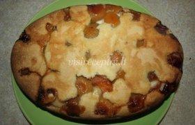 Paprastas pyragas su persikais
