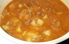 Tiršta raugintų kopūstų  su jautiena sriuba