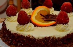 Meile alsuojantis tortas