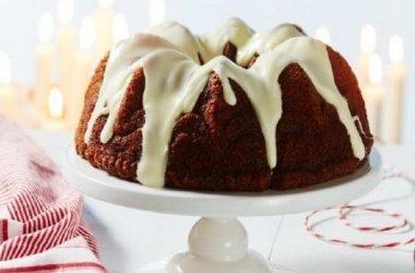 Pikantiškas obuolių ir graikinių riešutų pyragas