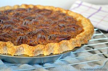 Amerikietiškas pekano riešutų pyragas
