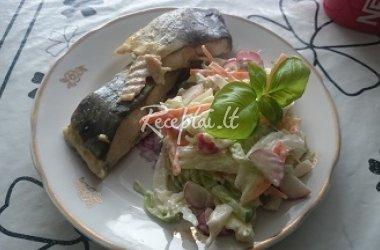 Karpis su salotomis