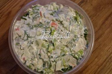 Silkė su salotomis