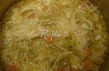 Tiršta kopūstų sriuba