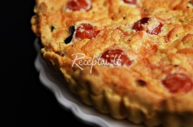 Rudens pyragas su sūriu