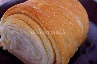 Balta sluoksniuota duona