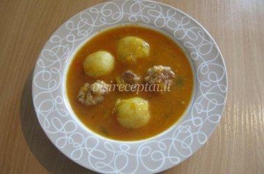 Sočioji sriuba su kalakutienos kukuliais ir šviežiomis bulvytėmis