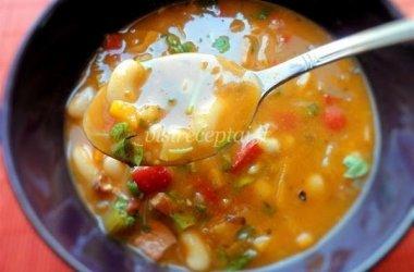 Baltųjų pupelių sriuba su daržovėmis