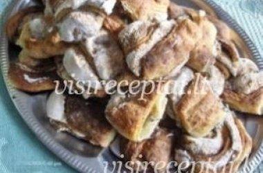 Aguoniniai pyragėliai