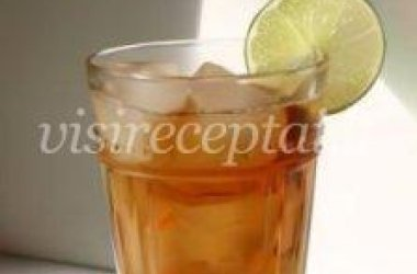 Šalta arbata su citrina