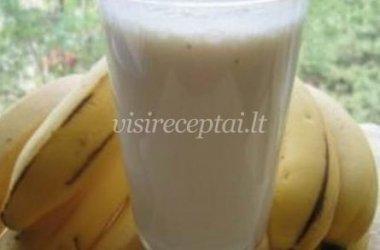 Pieno ir bananų kokteilis