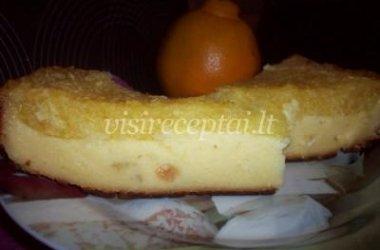 Varškės ir apelsinų pyragas