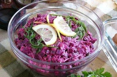 Burokėlių salotos su pupelėmis
