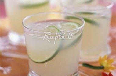 Imbierinis alaus kokteilis