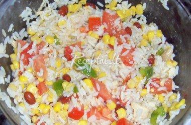 Ryžių salotų gaminimas
