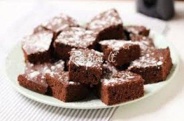 Šokoladiniai pyragaičiai su riešutais
