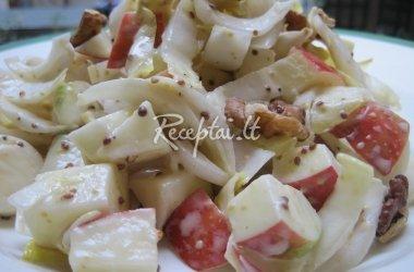 Gelteklių salotos su obuoliais