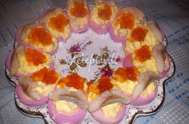 Kiaušiniai įdaryti silke