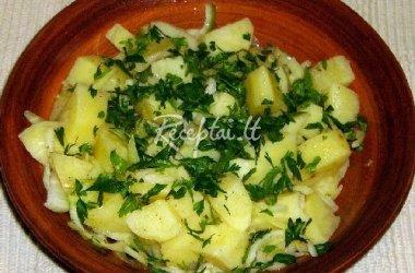 Bulvių salotos su svogūnais