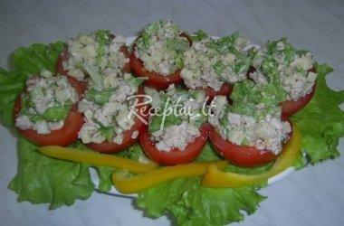 Įdaryti vištiena pomidorai