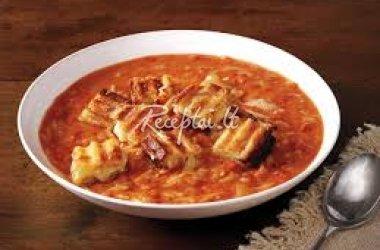 Šalta pomidorų sriuba su skrebučiais