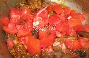 Virta aviena su pomidorais